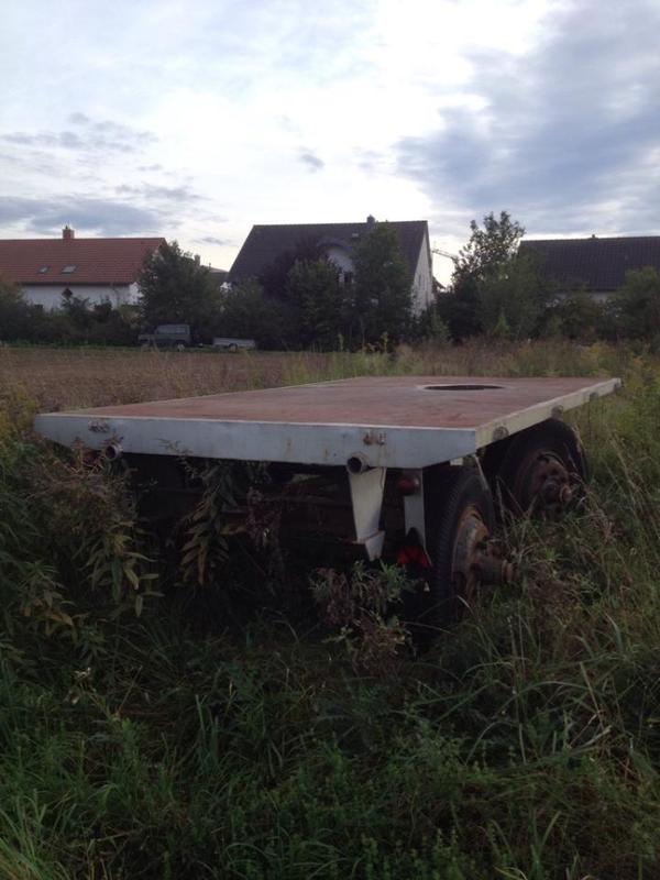 traktor anh nger in stutensee traktoren landwirtschaftliche fahrzeuge kaufen und verkaufen. Black Bedroom Furniture Sets. Home Design Ideas