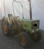 Traktor Fendt 200v