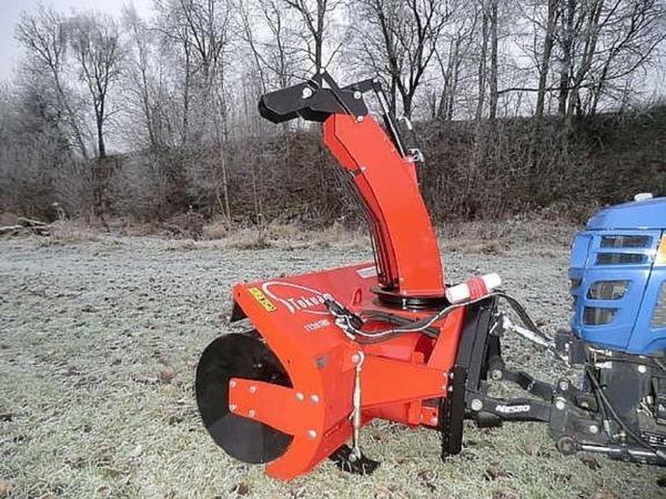 traktor iseki tm 3265 schneeschild schneefr se schlepper. Black Bedroom Furniture Sets. Home Design Ideas