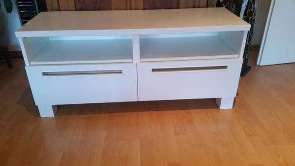 ikea tv mobel kaufen gebraucht und g nstig. Black Bedroom Furniture Sets. Home Design Ideas