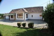 Ungarn: Landhaus / Haus
