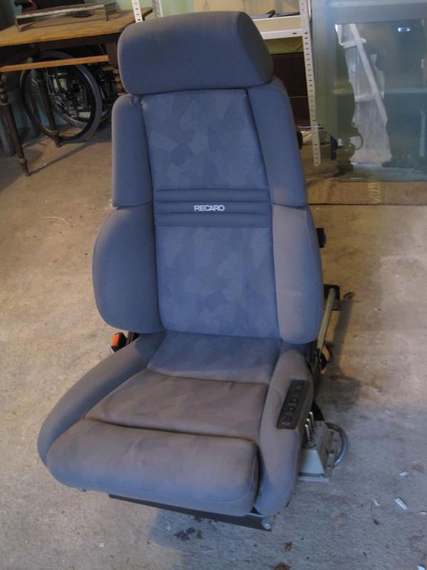 vw t4 fahrersitz recaro elektrischer autositz. Black Bedroom Furniture Sets. Home Design Ideas