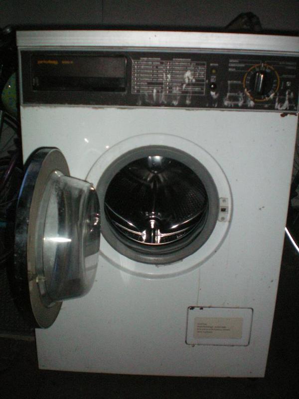 waschmaschine in mannheim waschmaschinen kaufen und verkaufen ber private kleinanzeigen. Black Bedroom Furniture Sets. Home Design Ideas