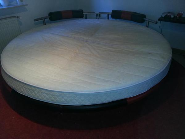 wasserbett rund mit 2 40 cm in schifferstadt. Black Bedroom Furniture Sets. Home Design Ideas