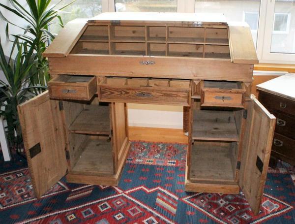 weichholz tisch kontor stehpult antik mit sch nen. Black Bedroom Furniture Sets. Home Design Ideas