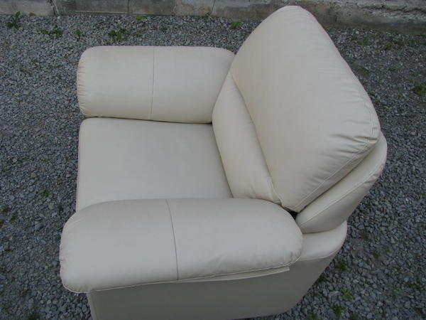 weisser ledersessel in herrenberg polster sessel couch. Black Bedroom Furniture Sets. Home Design Ideas