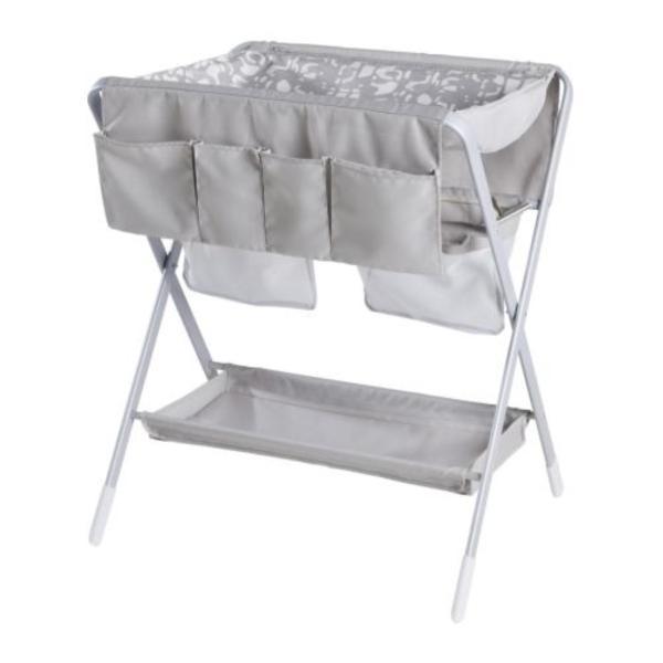 wickeltisch klappbar passende wickeltasche in berlin wickeltische kaufen und verkaufen ber. Black Bedroom Furniture Sets. Home Design Ideas