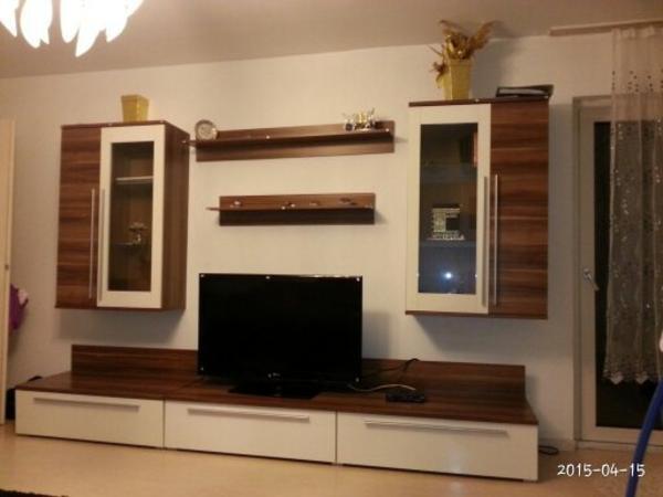 wohnwand in farbe holz und braun 3 meter lang preis vhb. Black Bedroom Furniture Sets. Home Design Ideas