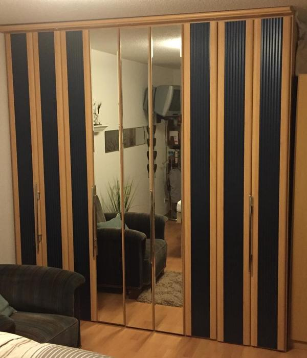 kleiderschrank faltt ren neu und gebraucht kaufen bei. Black Bedroom Furniture Sets. Home Design Ideas