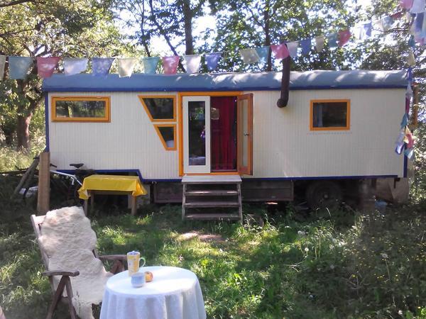 zirkuswagen bauwagen mobiles gartenhaus in bad sooden allendorf schreberg rten. Black Bedroom Furniture Sets. Home Design Ideas
