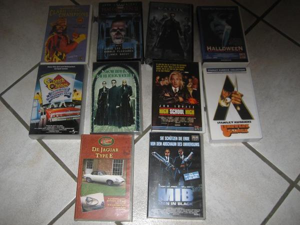 100 Stück Original VHS-Filme Video