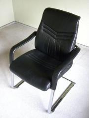 2 Esszimmerstühle / Konferenzstühle -