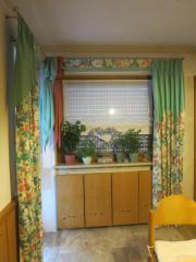 2 Vorhängeschals (Blumenmuster)