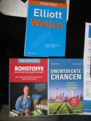 3 Bücher abzugeben