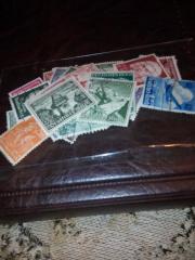 50 verschiedene Briefmarken