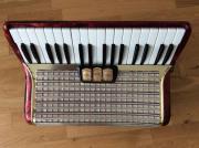 Akkordeon Hohner 72