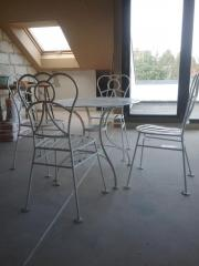 Antik Tisch und 4 Stühle