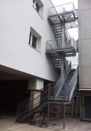 Außentreppe - Treppenturm - Fluchttreppe - Nottreppe