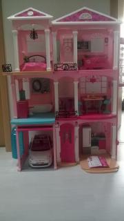 Barbie Traumvilla und