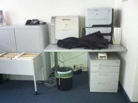 bequemer Bürostuhl stählerne Schreibtische stabile: Kleinanzeigen aus München Schwabing-West - Rubrik Büromöbel