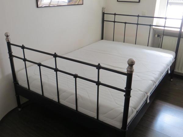 bett 39 svelvik 39 ikea in viernheim betten kaufen und verkaufen ber private kleinanzeigen. Black Bedroom Furniture Sets. Home Design Ideas