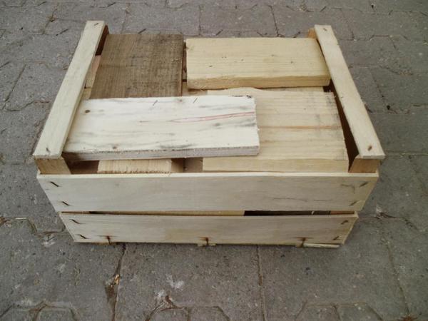 Brennholz-Anfeuerholz -Brettchen