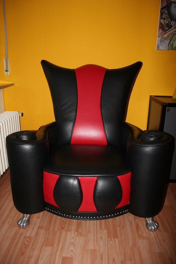 bretz thron sessel polster sessel couch - Rosa Krbislampe
