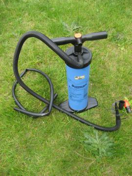 Campingartikel - Doppelhubkolbenpumpe 2x 3 Liter Druck