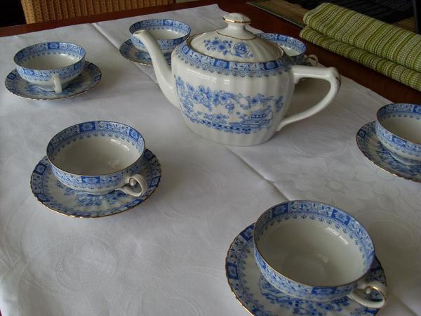 Edles altes Tee Service im
