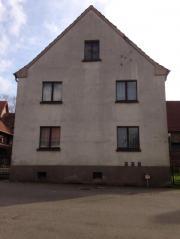 Einfamilienhaus mit Stallungen