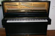 Feurich Klavier mit Spitzenklang