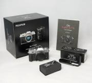 Fujifilm XT-10 +