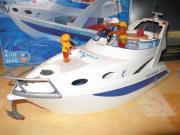 Grosse Motoryacht 3645 -