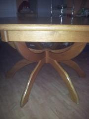 Großer Echtholztisch --ausziehbar--