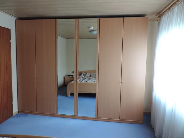 Großer Kleiderschrank für » Schränke, Sonstige Schlafzimmermöbel