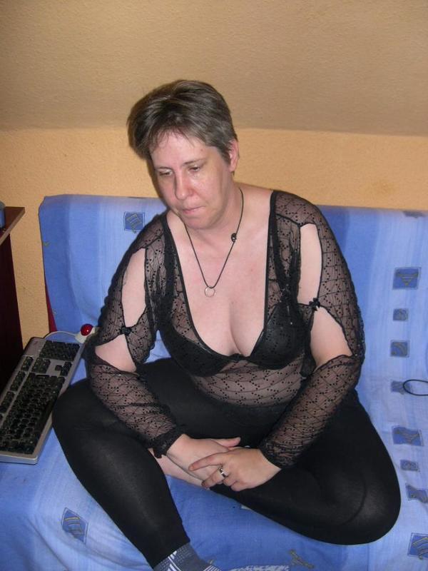 geile hausfrauen berlin hobbyhuren whatsapp
