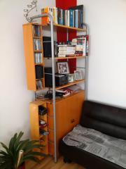 Hochregal / Bücherregal