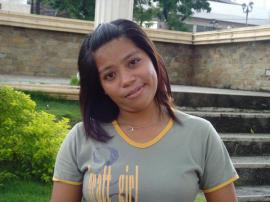 Filipina auf der Suche nach Männern