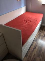 sch nes bett von ikea flaxa mit unterbett und kopfteil mit. Black Bedroom Furniture Sets. Home Design Ideas
