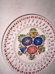 Keramikteller Blumenmuster