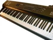 Keyboard / Stagepiano / Sythesizer /