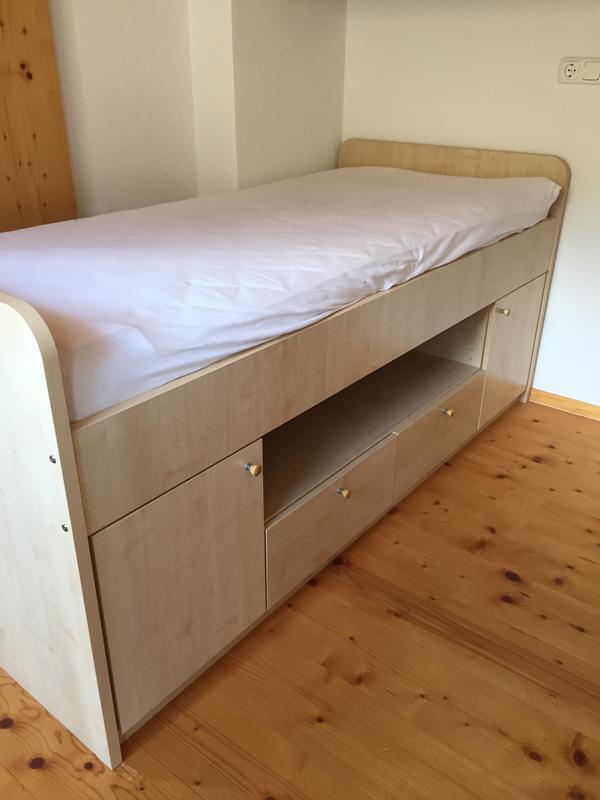 kinder bzw jugendbett in dam ls betten kaufen und verkaufen ber private kleinanzeigen. Black Bedroom Furniture Sets. Home Design Ideas