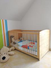 Kinderbett (Vollholz) von