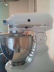 Emejing Kitchenaid Küchenmaschine Artisan Weiß 5ksm150psewh ...