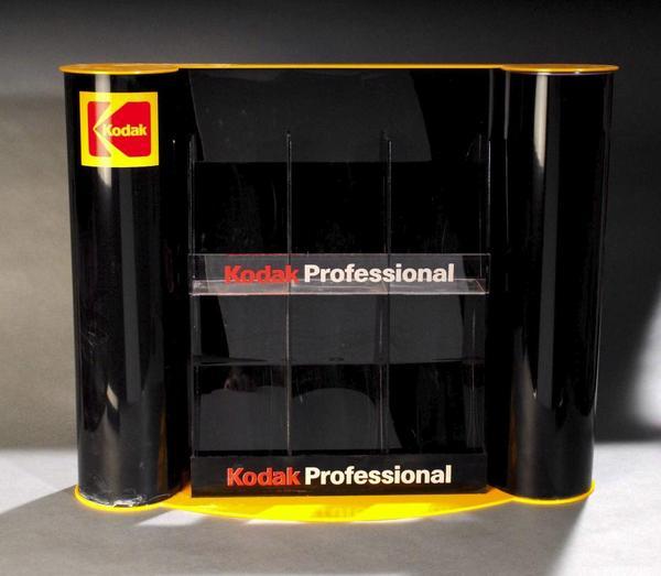 Kodak Werbeständer - Karlsruhe - Kodak Werbeständer für Flyer, Filme, sonstiges. Schwarzer glänzender Kunststoff. Maße: 62x50x13. - Karlsruhe