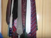 Krawatten, Einstecktücher, Fliegen,