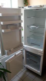 Kühl-Gefrier-Kombination