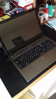 Medion Laptop 15.