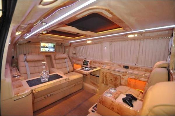 mercedes benz v 220 avantgarde edition vip luxus umbau modell in wien mercedes v klasse. Black Bedroom Furniture Sets. Home Design Ideas
