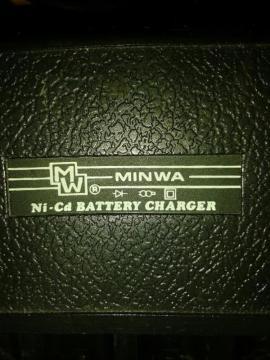 MINWA Ni-Cd Batterie-Ladegerät für UM: Kleinanzeigen aus Besigheim - Rubrik Batterien